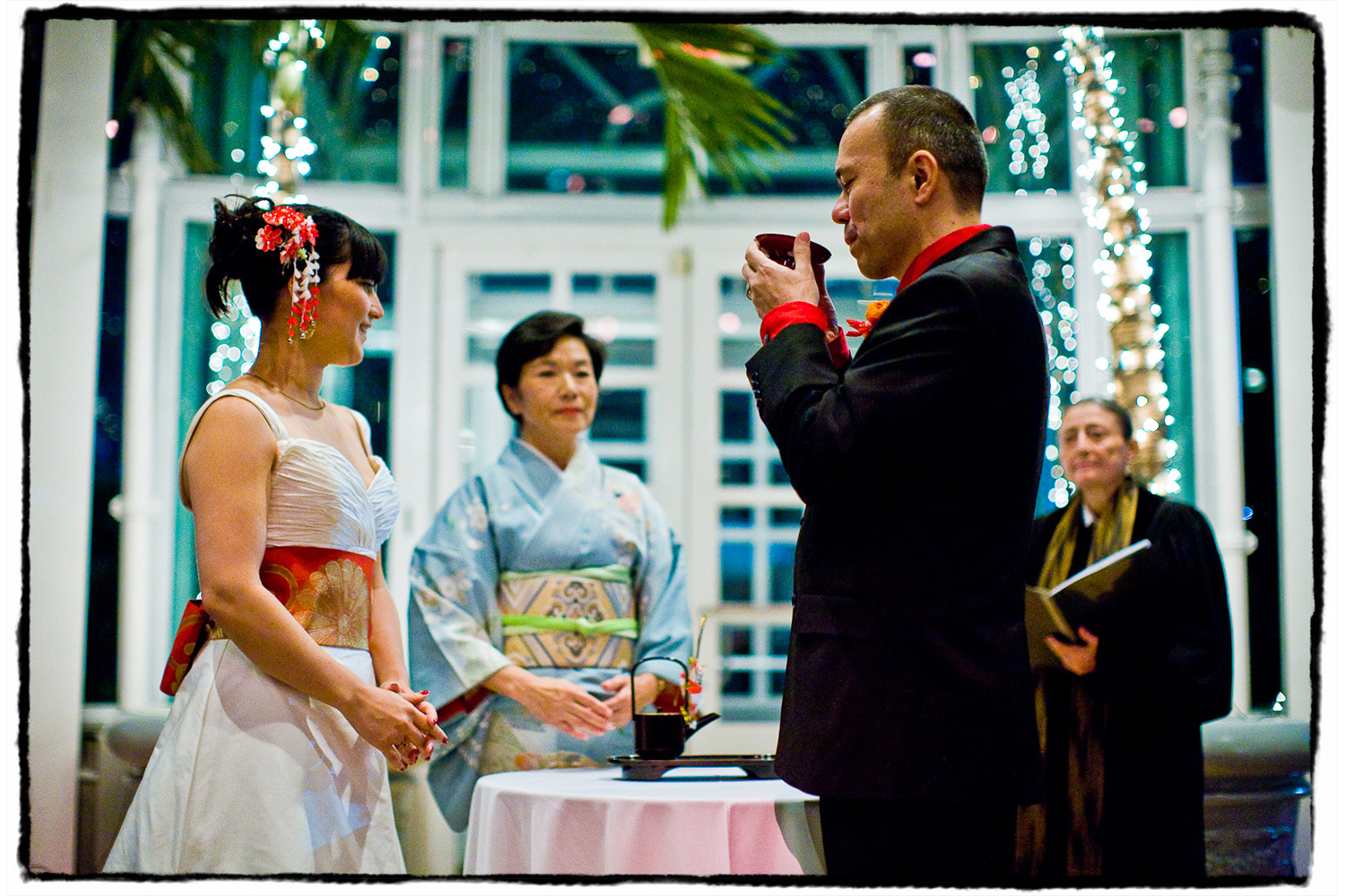 A simplified tea ceremony was incorporated into this lovely modern wedding at The Palm House at Brooklyn Botanic Garden..