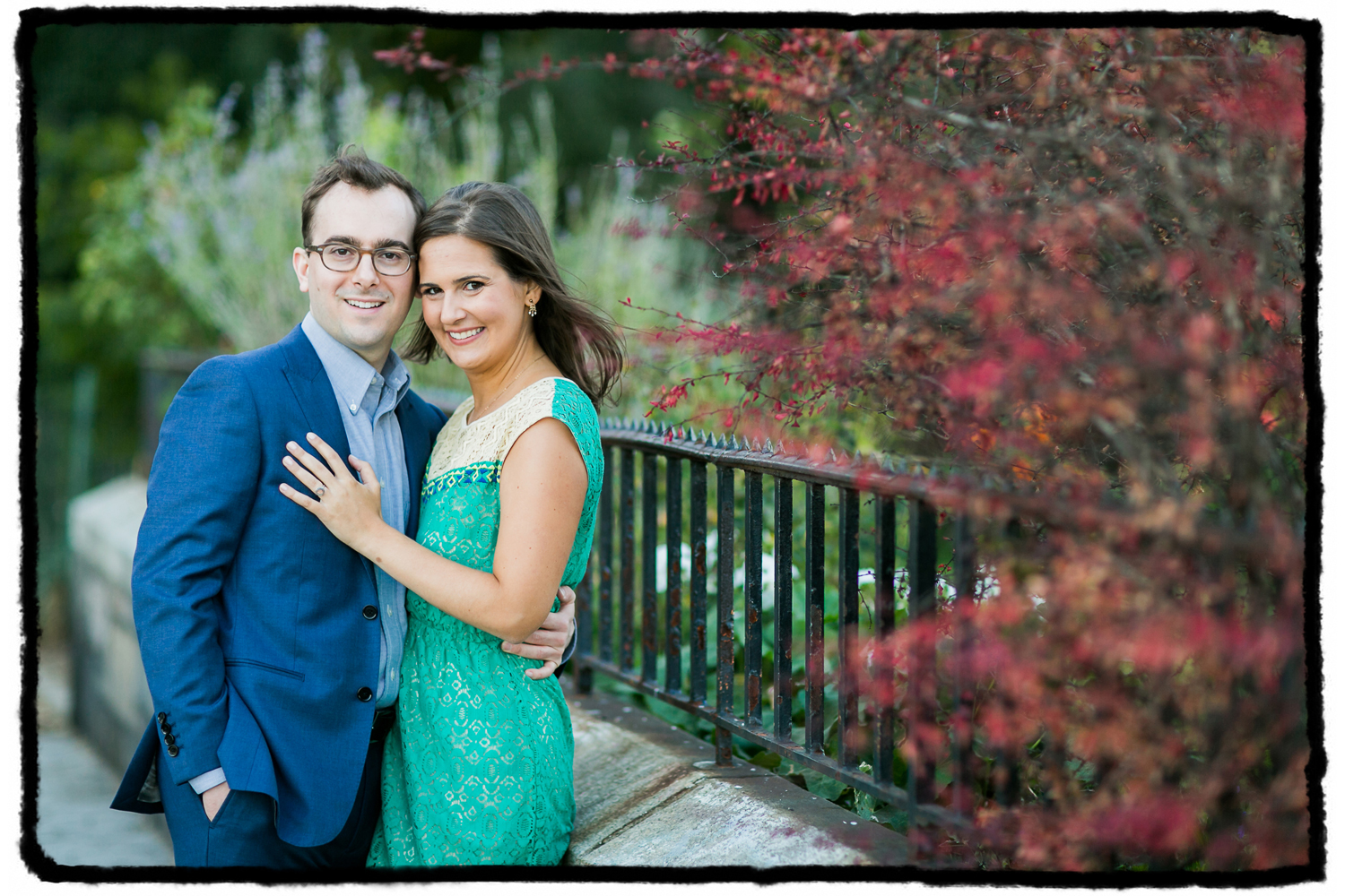 Engagement Portraits: Sarah & Jeff in a waterside park in Yorkville, Upper East Side.